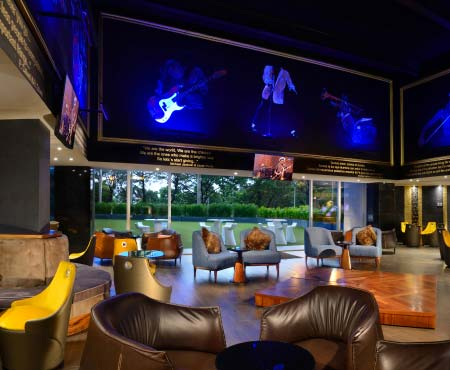Img ../images_new_2019/hoteles_new/hard_rock_gdl/RESTAURANTES_Y_BARES/hard-rock-hotel-guadalajara_utc-bar.jpg